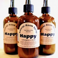 happy_natural_room_spray_004_600